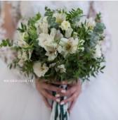 Свадебный букет свободной формы