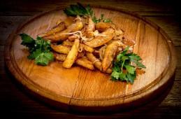 Картофель жареный с луком 200/5гр.